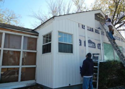 5803 E. Mockinbird - house wrap & vinyl siding install-700